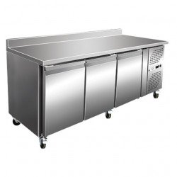 Desserte murale 339 litres réfrigérée, 3 portes profondeur - 600 mm + dosseret EQUIPEMENT DIRECT Tables et soubassements